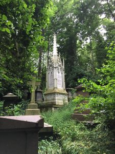 Highgate Cemetery. Photo by Loren Rhoads.